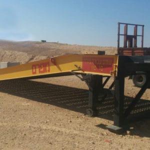 La rampe est utilisée par l'Armée de défense d'Israël dans ses bases méridionales. Elle est conçue pour être utilisé par des chariots élévateurs à fourche, des équipements mécaniques, des véhicules de transport de troupes, des véhicules, des camions et autre équipement.