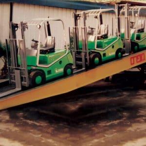 L'équipement peut être chargé et déchargé à l'endroit requis exact