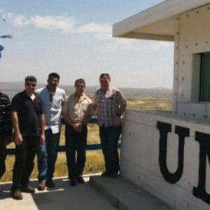 Personnel de l'ONU satisfait après l'installation des éléments de protection